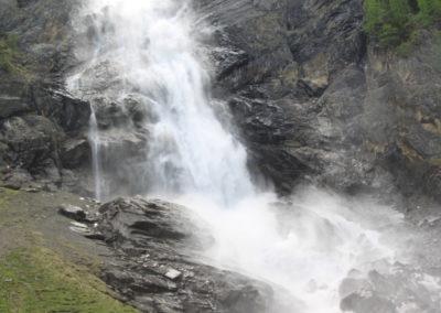 Am Fuss des Falls