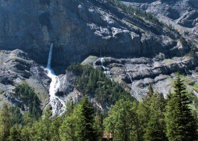 Wasserfall und Geologie vereint im Gasterntal