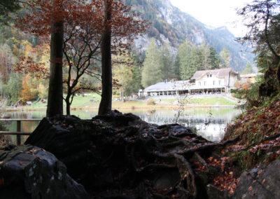 Blick auf See und Hotel